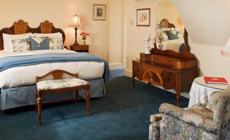 Room 34 Queen
