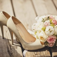 Shoes and bouquet at the Lehigh Valley Bridal Fair