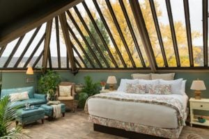 conservatory bed and lounge area