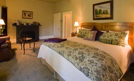 Room 12 Bed