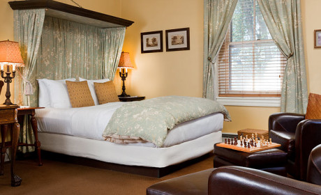 Room 25 Bed
