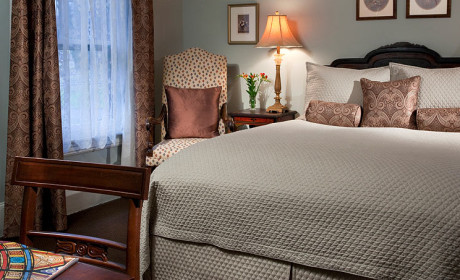 Room 28 Bed