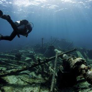 Scuba diver underwater at Dutch Springs in Bethlehem