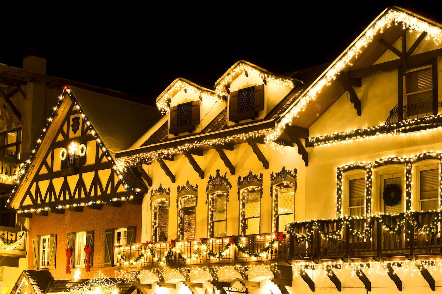 Christmas In Bethlehem Pa 2021 Some Of The Best Ways To Celebrate Christmas In Bethlehem Pa The Sayre Mansion